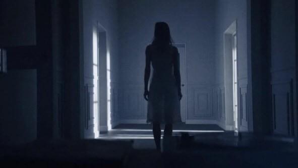 Сцена из фильма Тварь