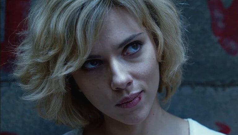 Кадр из фильма Люси