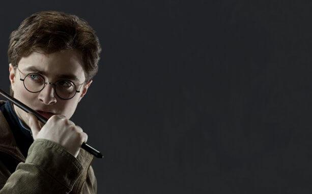 Дэниэл Рэдклифф в роли Гарри Поттера