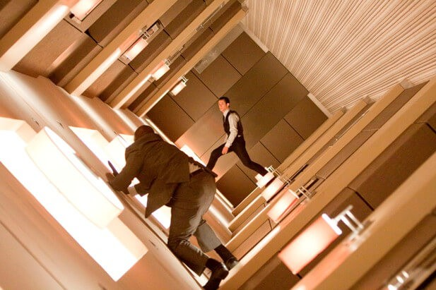 Кадр из фильма Начало (2010 год)