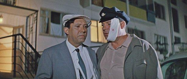 Фильм Бриллиантовая рука (1968 год)