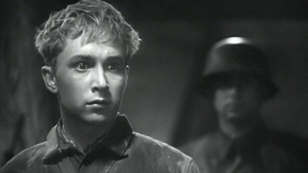 Фильм Парень из нашего города (1942 год)