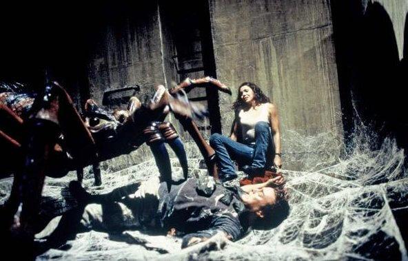 Фильм Пауки (2000 год)