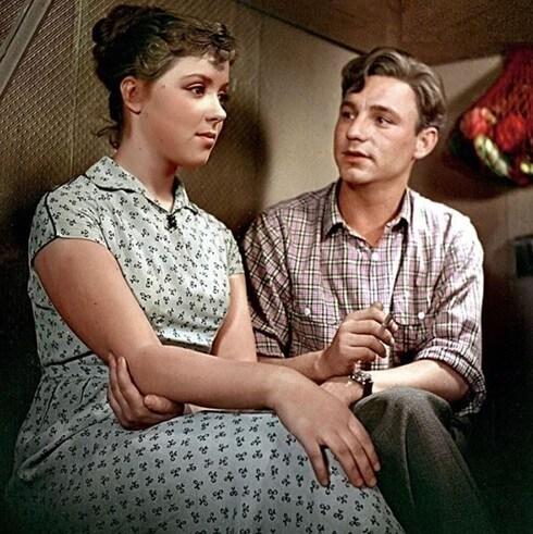 Фильм Девушка без адреса (1957 год)