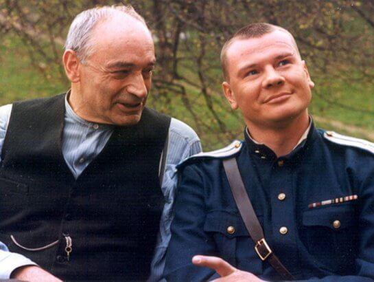 Сериал По ту сторону волков (2002 год)
