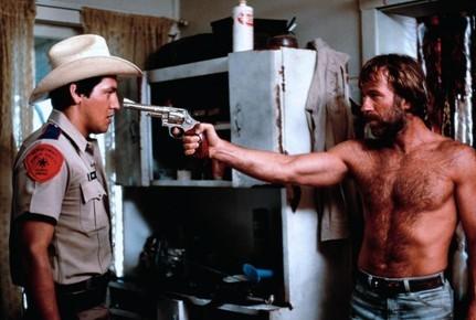 Фильм Одинокий волк Маккуэйд (1983 год)