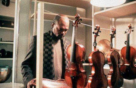 Фильм Красная скрипка (1998 год)