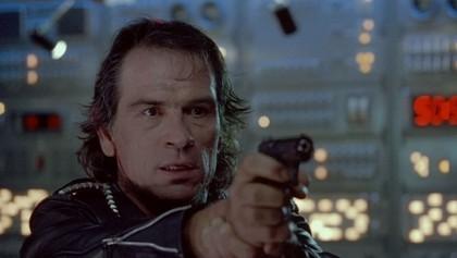 Фильм В осаде (1992 год)